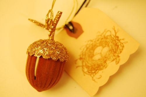 Acorn-ornament