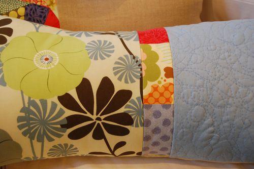 Detail-spring-pillow