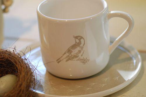 Beige-bird-teacup