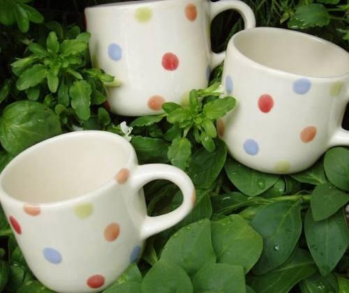 Multi_dot_demi_cups
