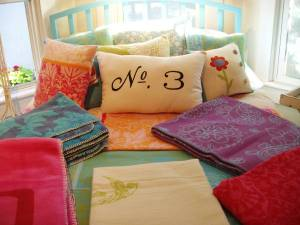 No3_pillow_and_new_blankets
