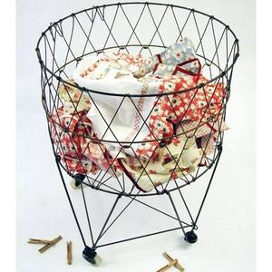 Wire_laundry_basket