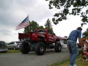 Monster_mudder_with_flag