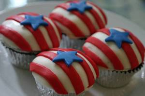 Heather_flag_cupcakes