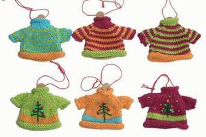 Mini_knit_sweater_brights