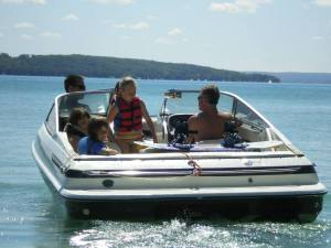 Ian_and_steve_with_kids_on_boat