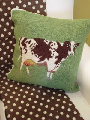 Cow_pillow