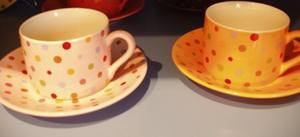 Tiny_dot_teacups