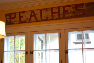 Peaches_sign