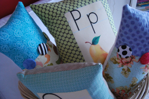 New_spring_pillows_in_basket